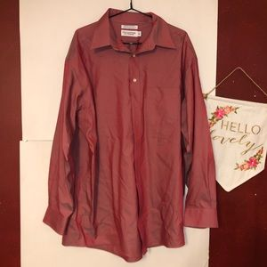 Round tree and York button up men's shirt